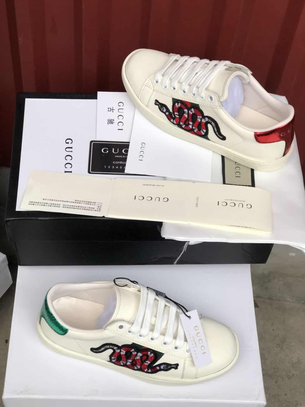 Giày Gucci Rắn rep 1:1 có cách phối màu độc lạ