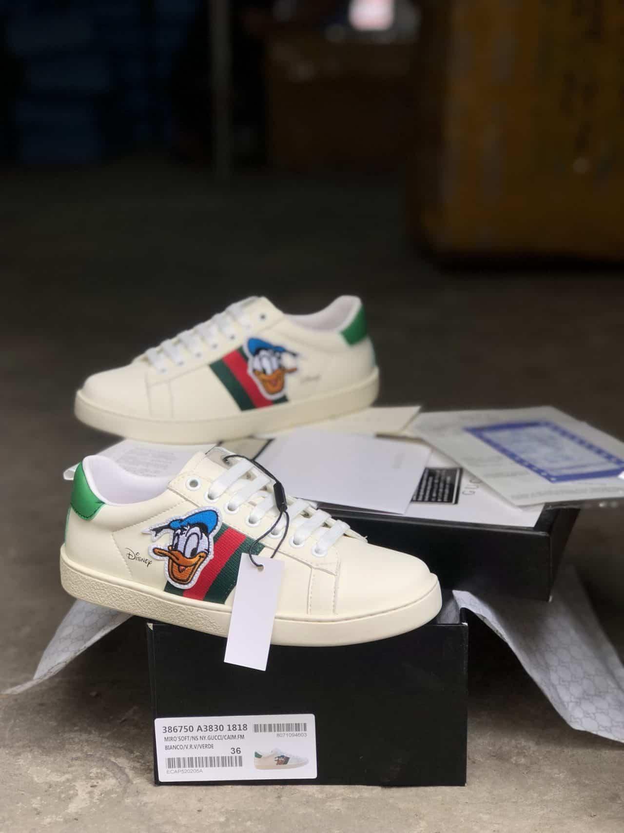 Giày Gucci Vịt rep 1:1 có thiết kế hoạt hình đáng yêu và đầy ngộ nghĩnh