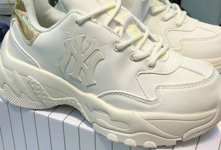Giày MLB NY gót Vàng rep 1:1 được làm từ chất liệu cao cấp
