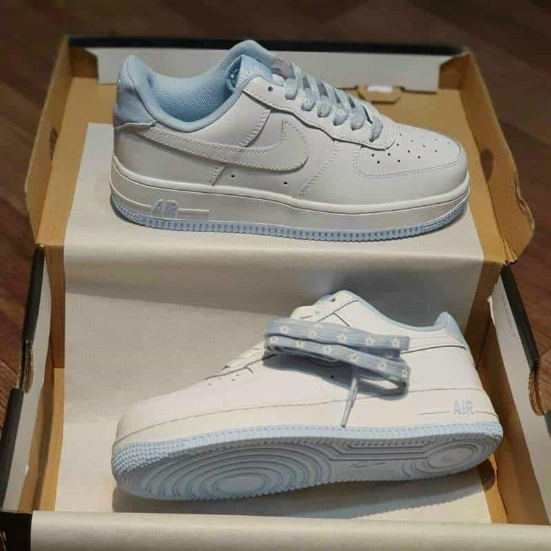 Mẫu Nike Air Force 1 rep 1:1 kết hợp hoàn hảo giữa 2 màu sắc trắng - xanh lam tươi sáng