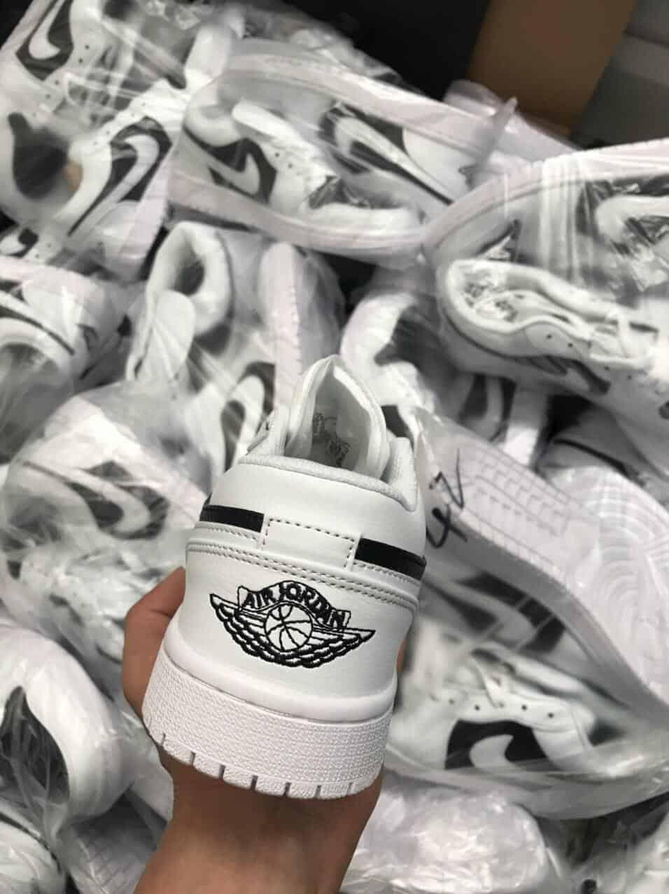 Mẫu giày được sneakerhead luôn săn lùng
