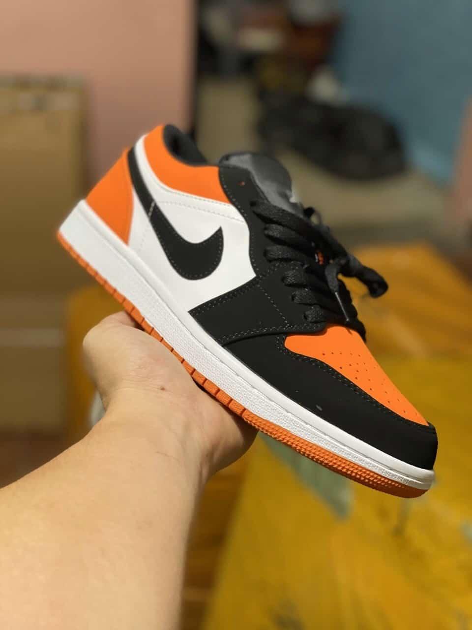 Giày Jordan 1 Low Cam rep 1:1 đi nhẹ, êm chân, chuẩn như hàng thật