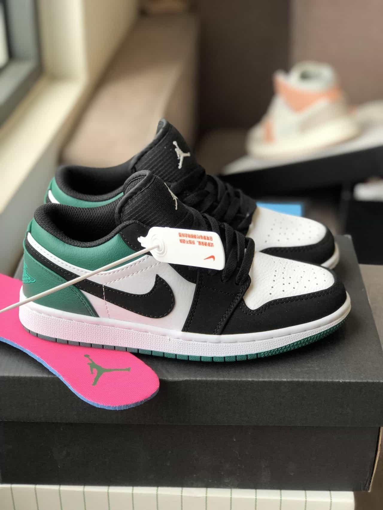 Nike Air Jordan 1 Low Xanh Đen Rep 1:1 với đầy đủ phụ kiện