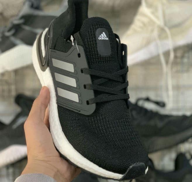 Giày Ultra Boost 6.0 Đen Bạc rep 1:1 có phong cách phối màu tối giản