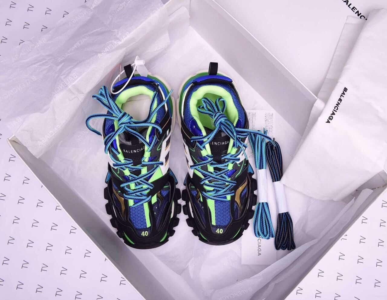 Giày thể thao Balenciaga Track Xanh Đen mang đến phong cách độc đáo, chất chơi
