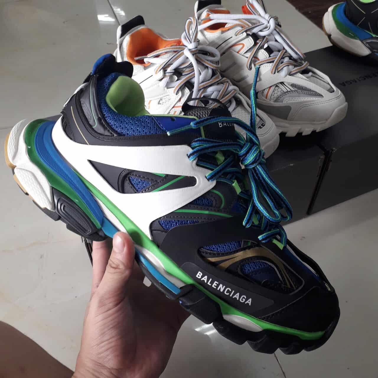 Giày Bata Balenciaga Track Xanh Đen giúp bạn tỏa sáng trong mọi phong cách thời thượng