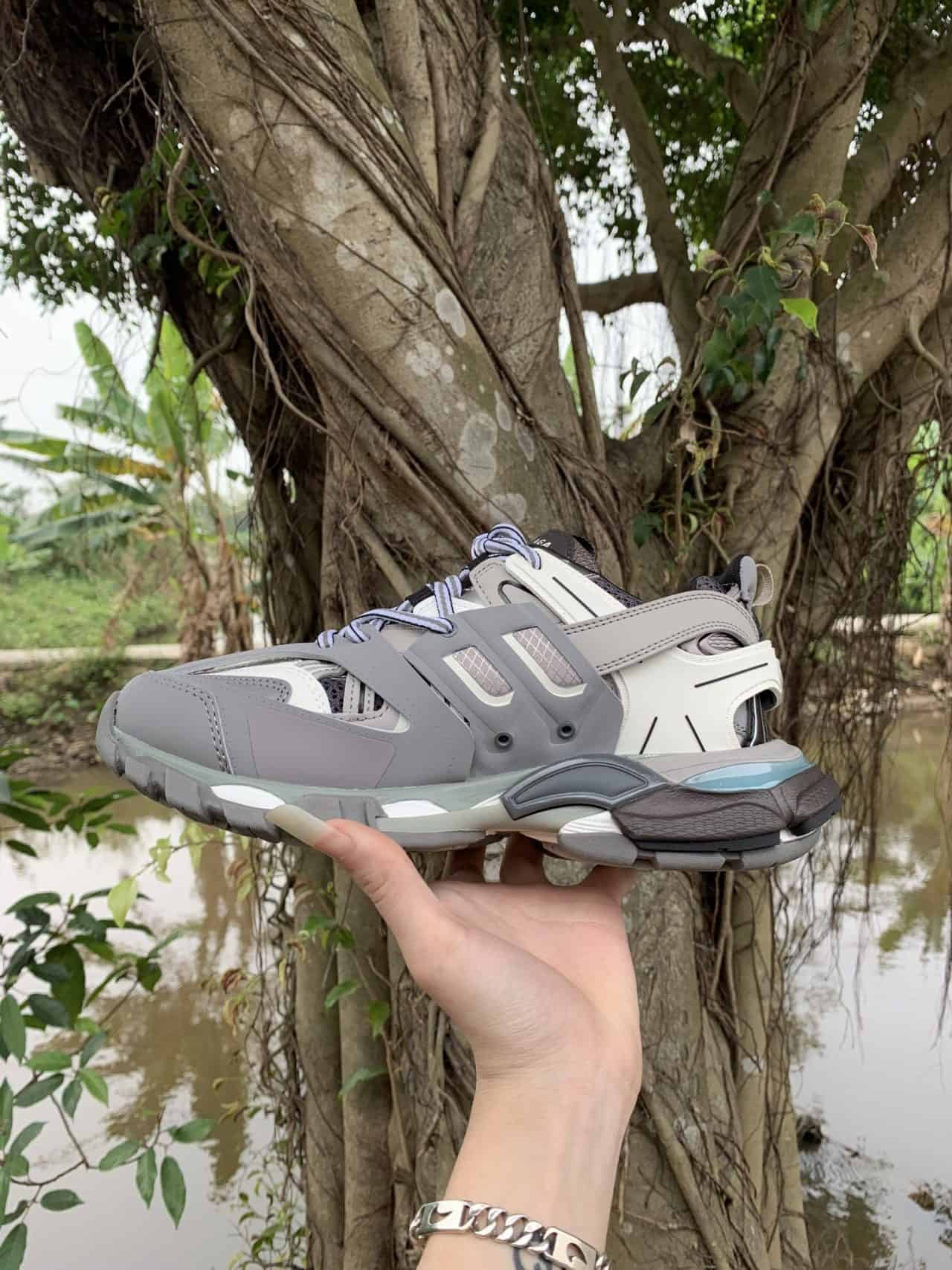 Giày Balenciaga Track Xám rep 1:1 là lựa chọn nên ưu tiên của dân sành giày