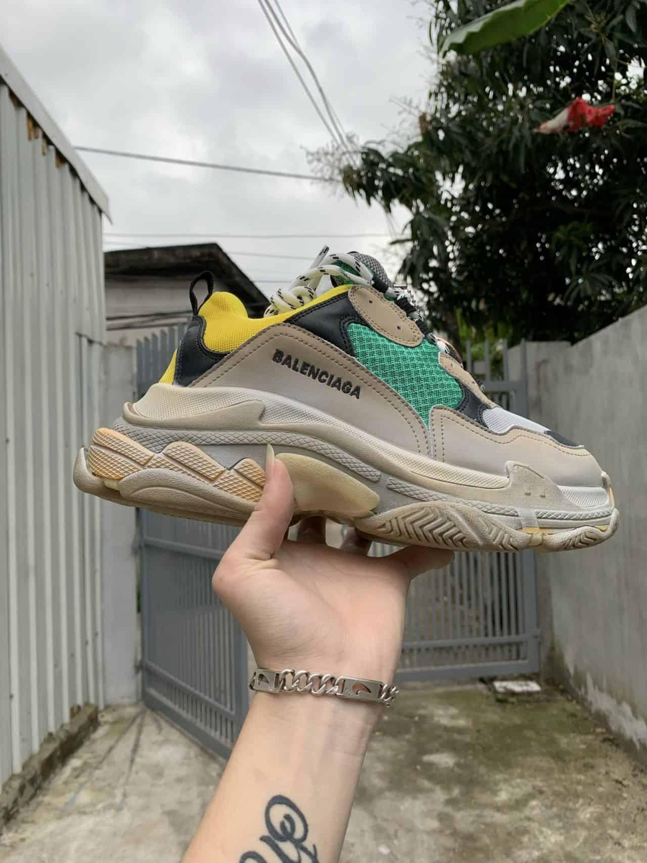 Giày Balenciaga rep 1:1 thể hiện được độ ngầu và chất