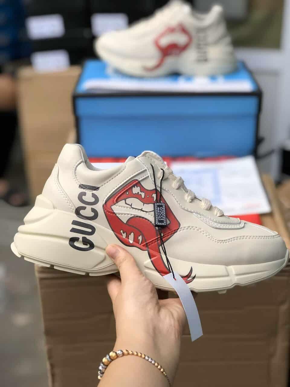 Giày Gucci môi rep 11 có kiểu dáng chunky hợp thời trang