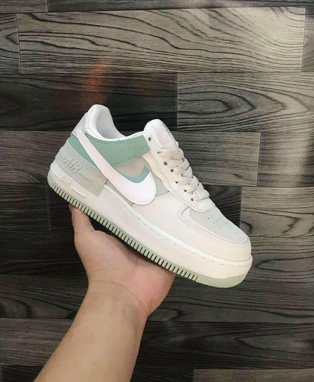 Giày thể thao Nike Air Force 1 Xanh Lá replica đang được giới trẻ ưa chuộng năm 2021