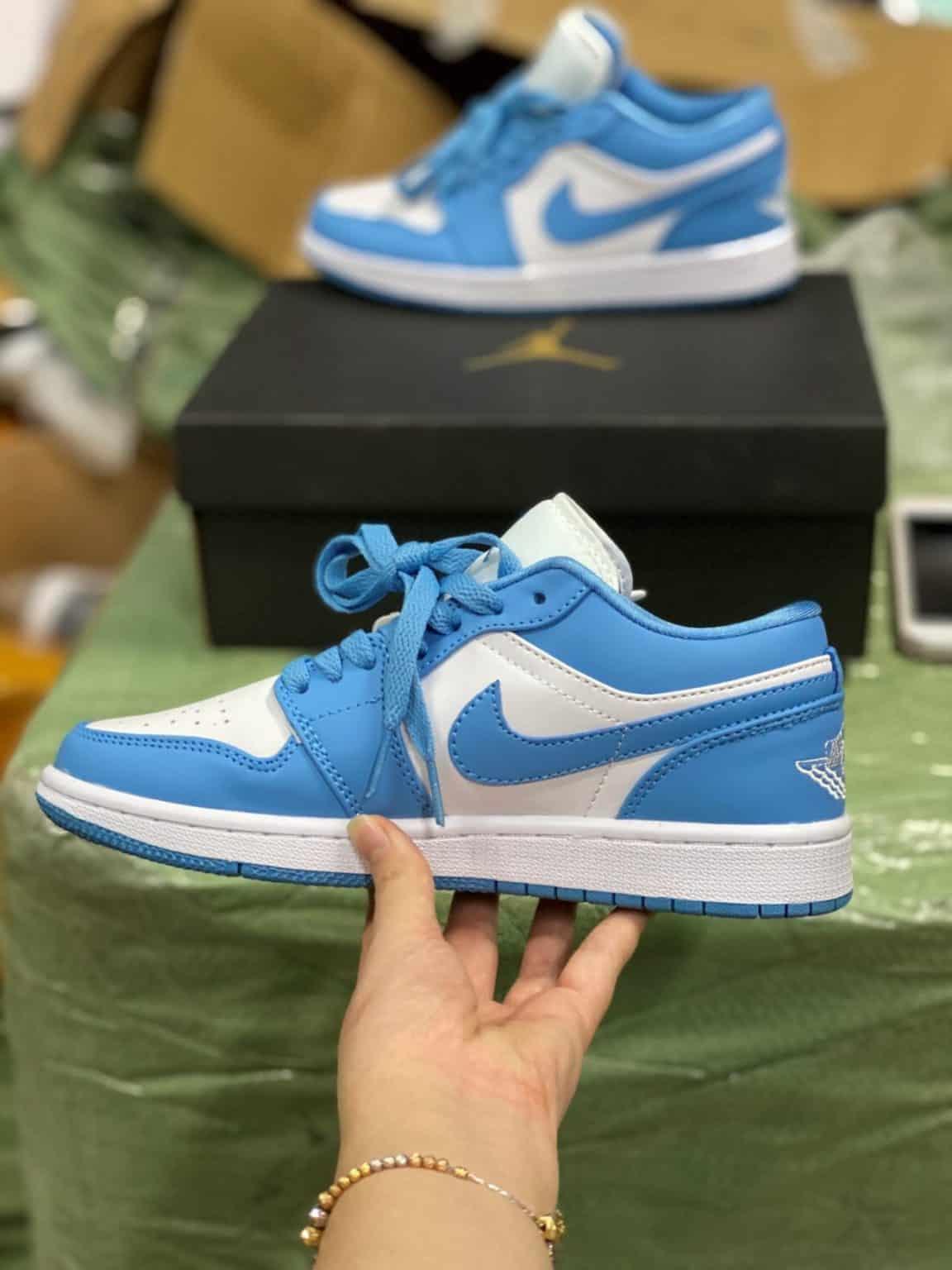 Giày Jordan 1 Low Cam rep 1:1 nâng niu từng bước đi của bạn