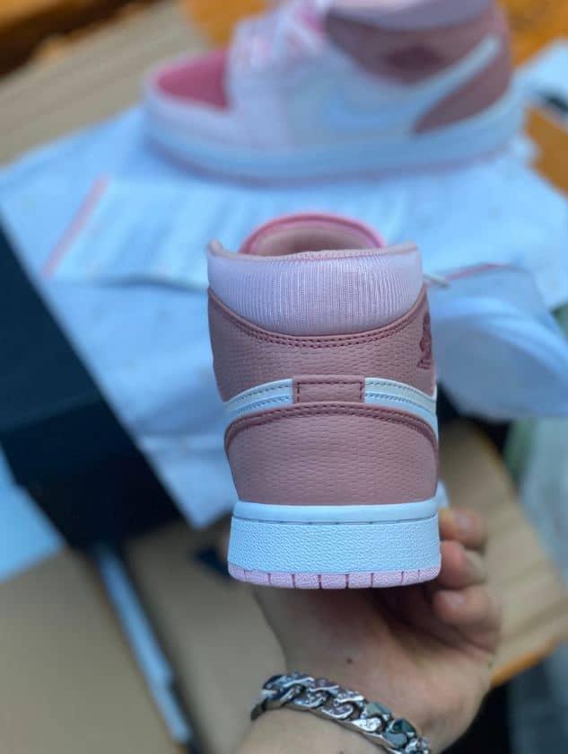 Giày Jordan 1 High Hồng rep 1:1 – Sản phẩm nên có trong bộ sưu tập của mọi cô nàng