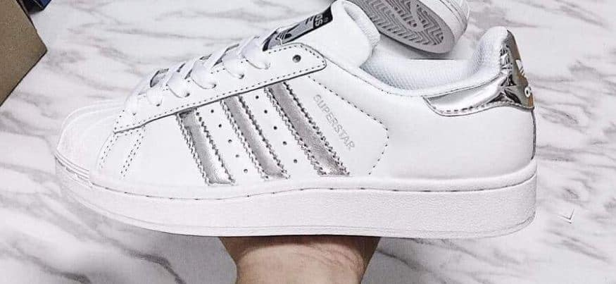 Giày Adidas Sò Trắng Bạc rep 1:1 gọn nhẹ, mang như không mang