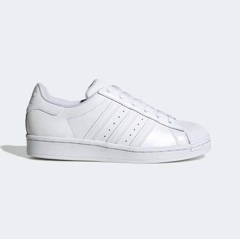 Giày Adidas Sò Trắng rep 1:1 có thiết kế mũi vỏ sò
