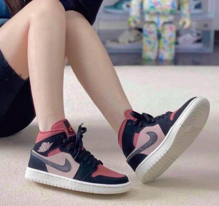 Giày Jordan 1 High Đỏ Mận rep 1:1 – Sản phẩm nên có trong bộ sưu tập của mọi cô nàng