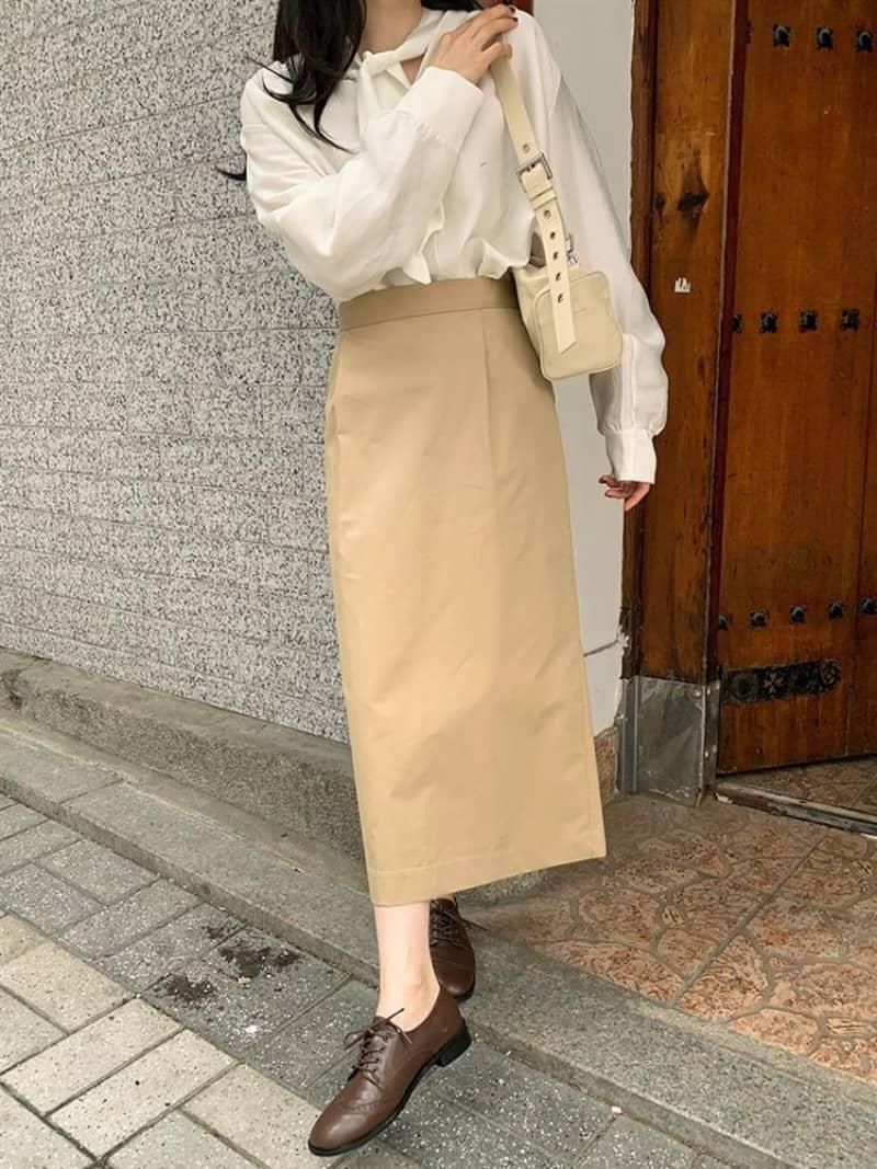 Kết hợp váy với giày Oxford tạo nên cá tính riêng biệt