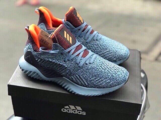 BT Sneaker - Lựa chọn hoàn hảo khi mua giày adidas rep 1:1