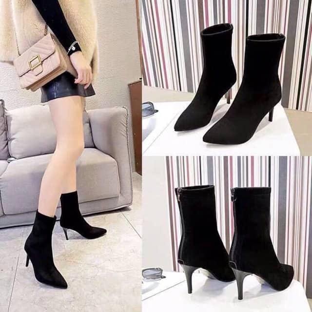 Mẫu giày boot nữ gót nhận thể hiện được phong cách trẻ trung