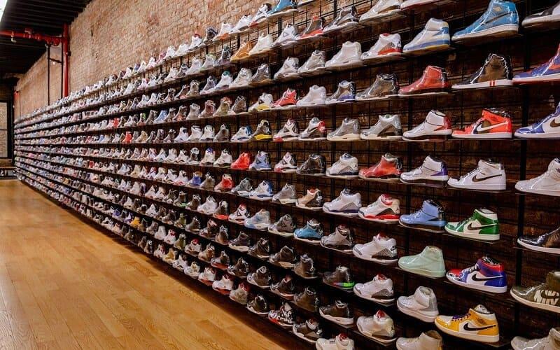 Nên lựa chọn các địa chỉ mua giày thể thao uy tín
