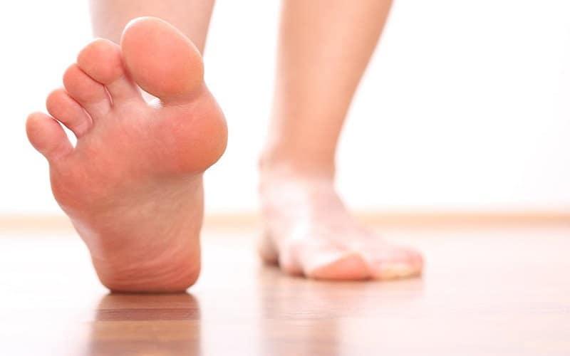 Kích thước của hai bàn chân sẽ có sự chênh lệch nhất định