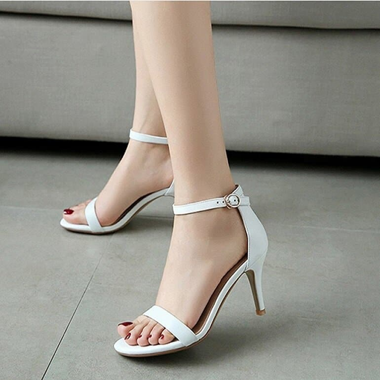 Giày cao gót rất quan trọng với nhiều chị em phụ nữ