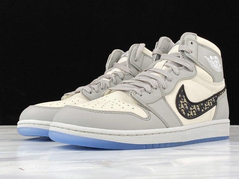 Mẫu giày Nike Air Jordan 1 Dior