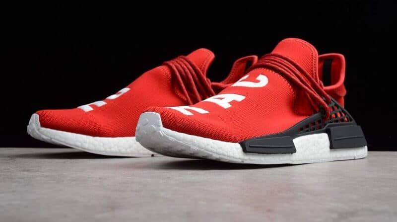 Giày Adidas NMD Human Race rep 1:1 có giá thành rẻ hơn nhiều giày Real
