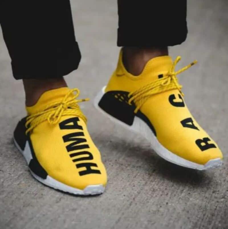 Sử dụng giày Adidas NMD Human Race giúp bảo vệ đôi chân hiệu quả