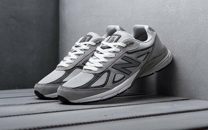 New Balance Men'990 là một trong những siêu phẩm giày thể thao