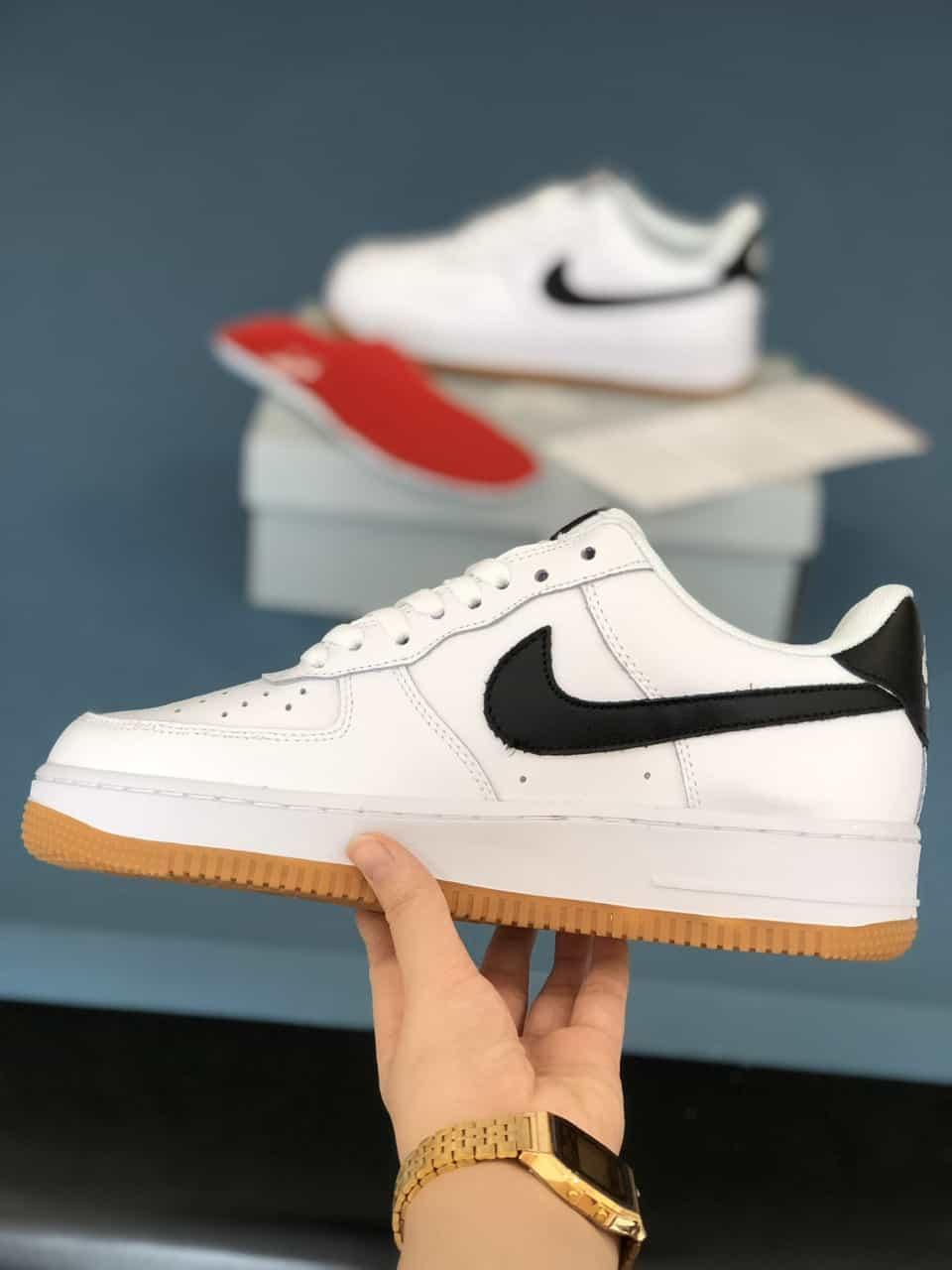 Giày Nike Air Force đế Nâu rep 1:1 có sự phối màu đồng điệu và hài hòa