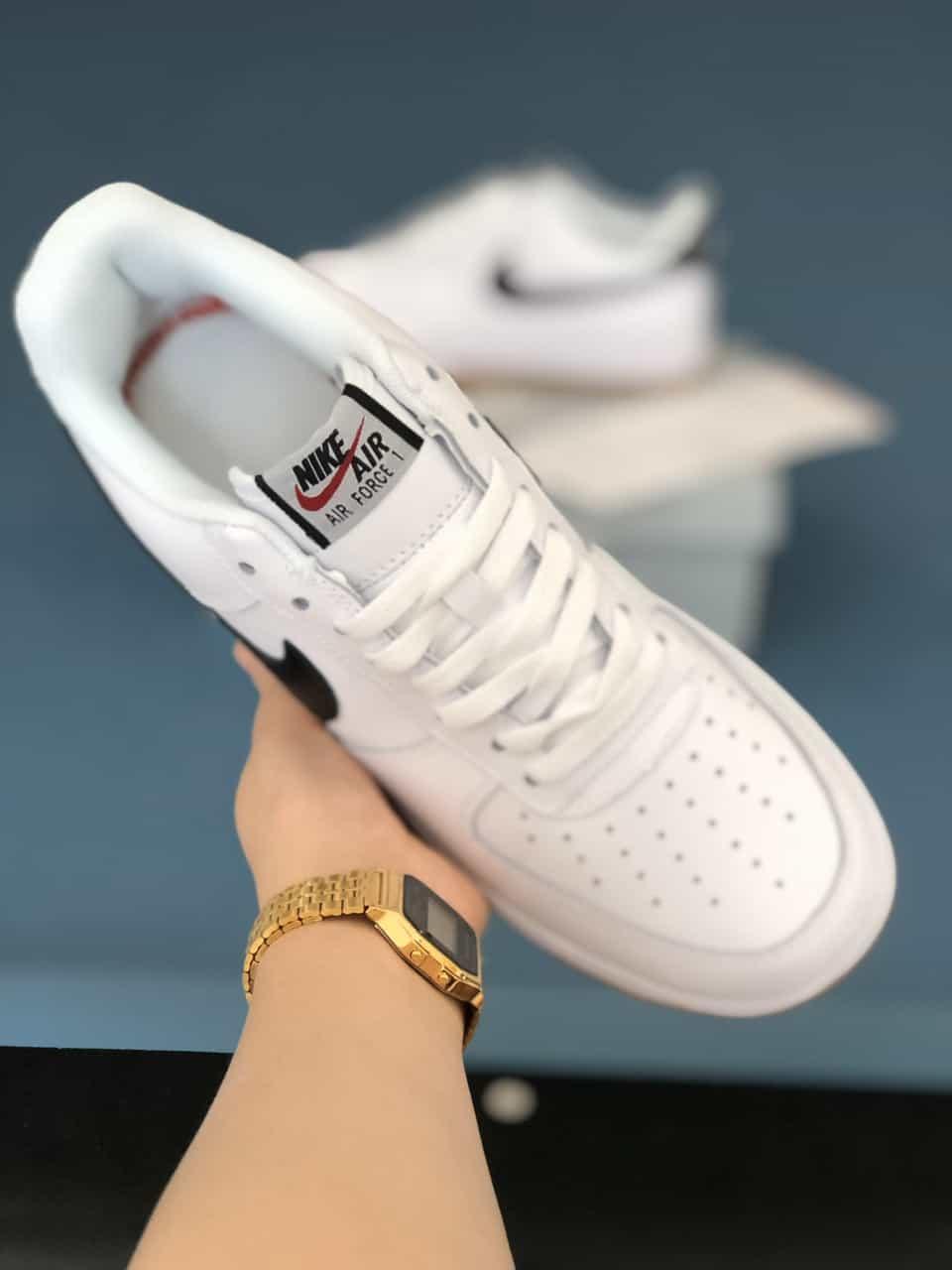 Giày Nike Air Force rep 1:1 hiện đang được nhiều bạn trẻ săn đón