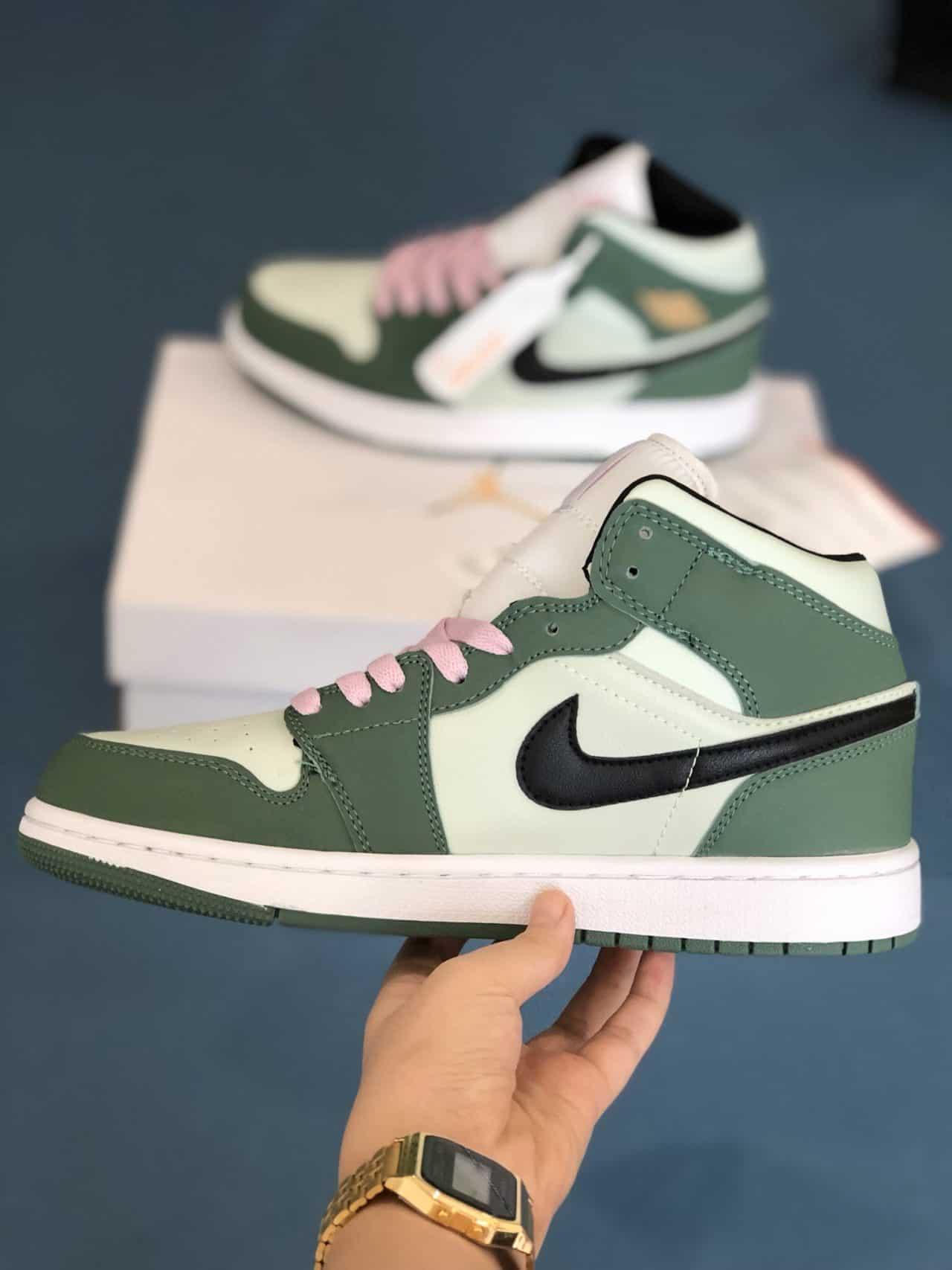 Giày Nike Air Force 1 Green rep 1:1 được các bạn trẻ săn đón mãnh liệt
