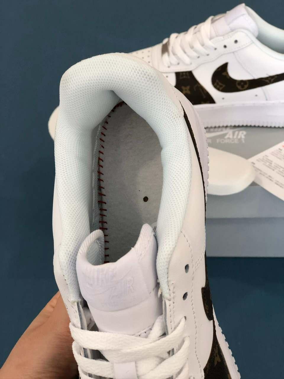 Một điểm cộng dành cho mẫu Nike Air Force 1 Louis Vuitton rep 1:1 là thiết kế đệm lót êm ái