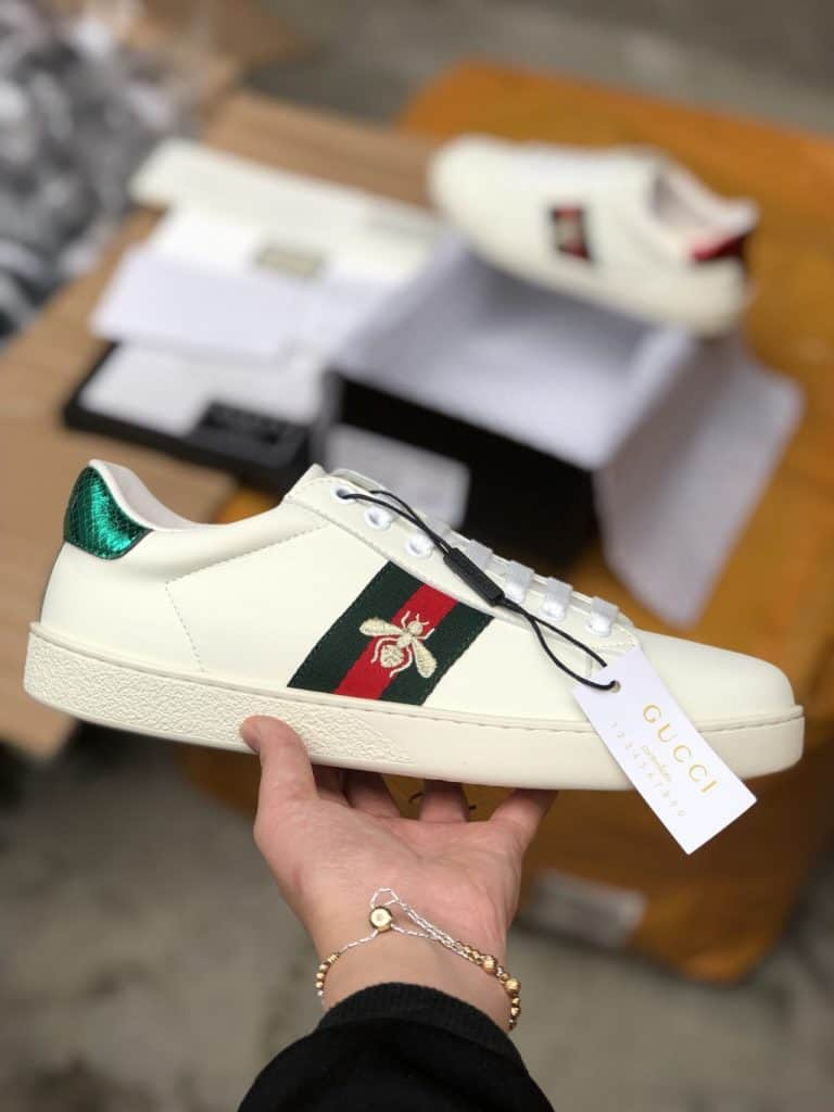 Giày của Gucci trẻ trung và tinh tế