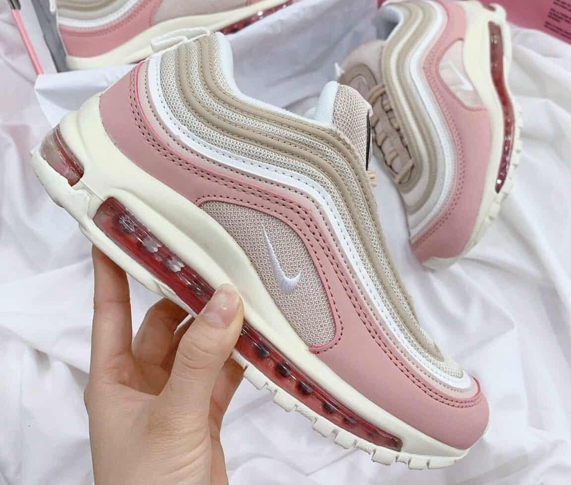 Giày sneaker được phân thành nhiều loại khác nhau