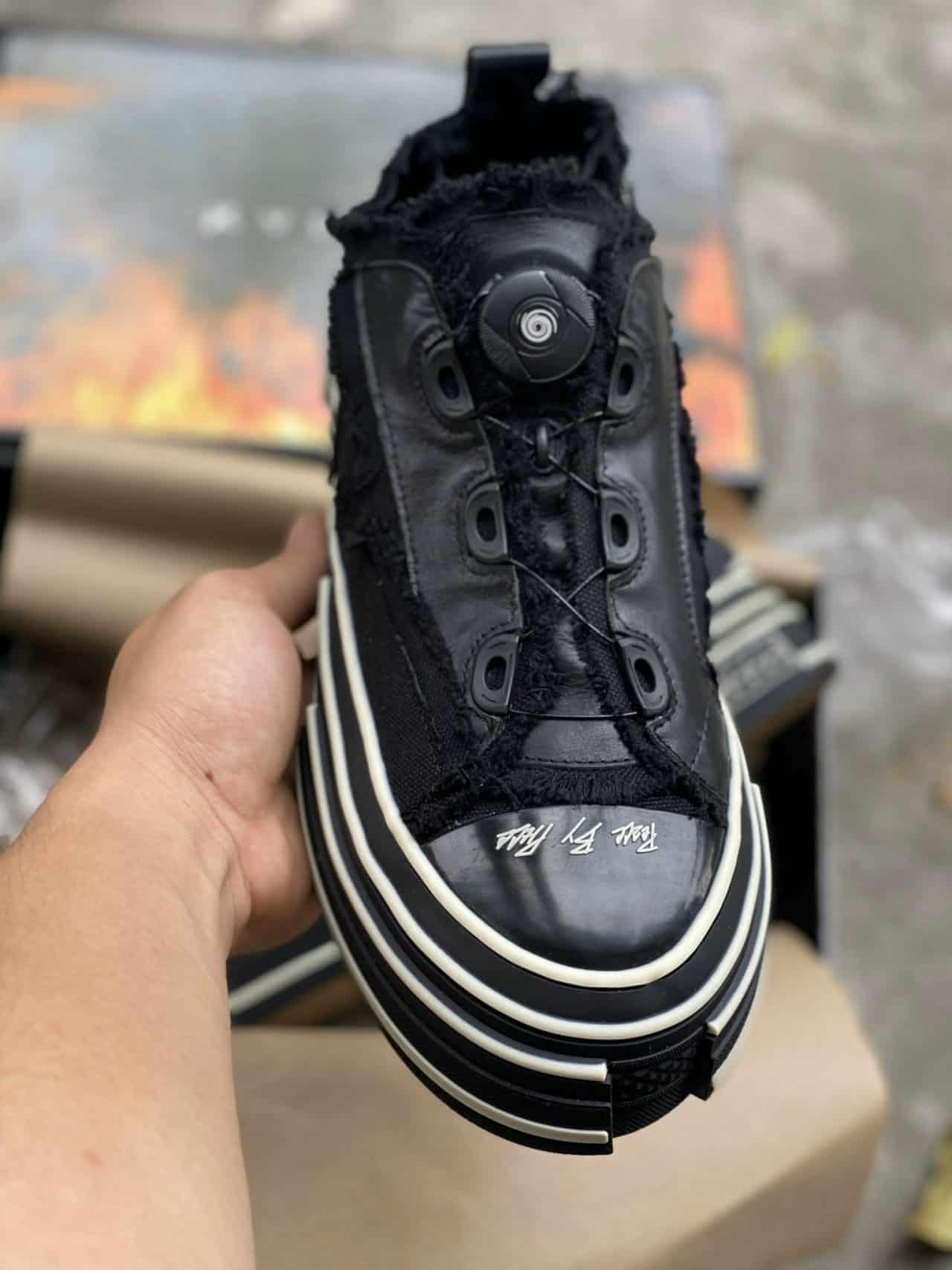 Kiểu dáng xếp chồng giúp giày Xvessel khác biệt, đẳng cấp