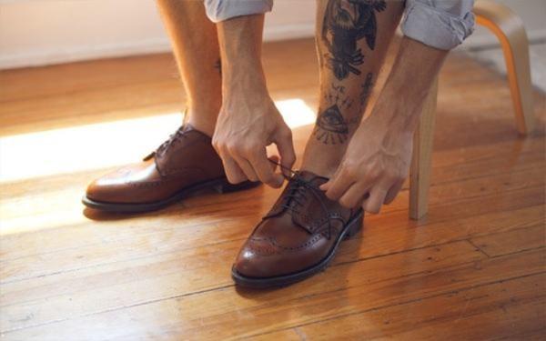 Lựa chọn đôi giày vừa vặn giúp bạn bảo vệ sức khỏe đôi chân một cách tốt nhất