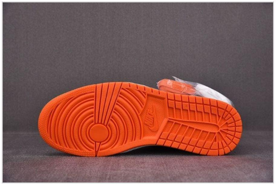 Đế giày Jordan 1 High được sản xuất từ công nghệ Midsole hiện đại nhất ngày nay