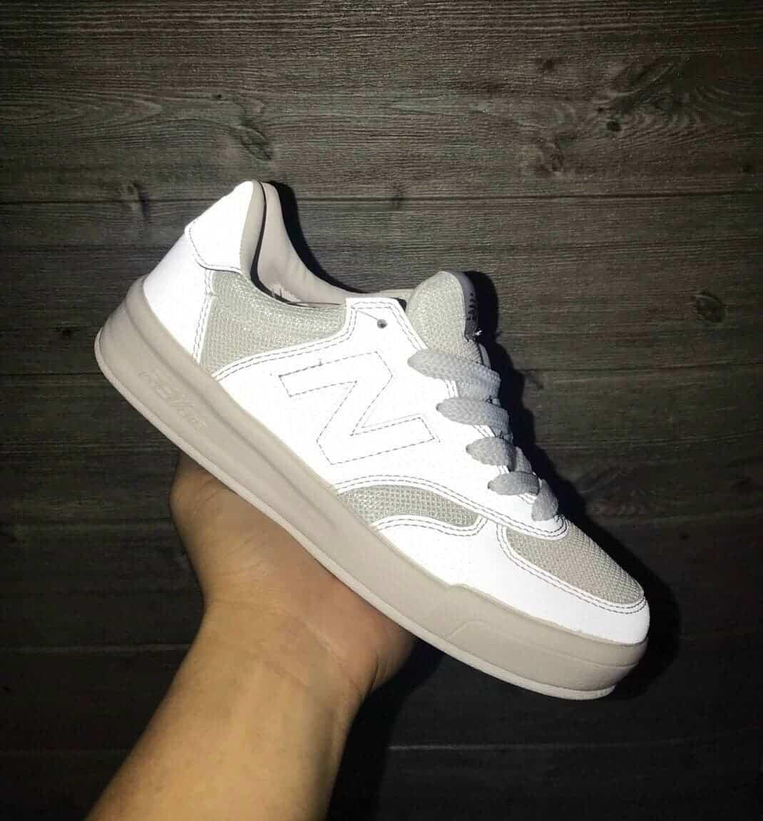 New Balance 840 thuộc top những mẫu giày năm đẹp 2022