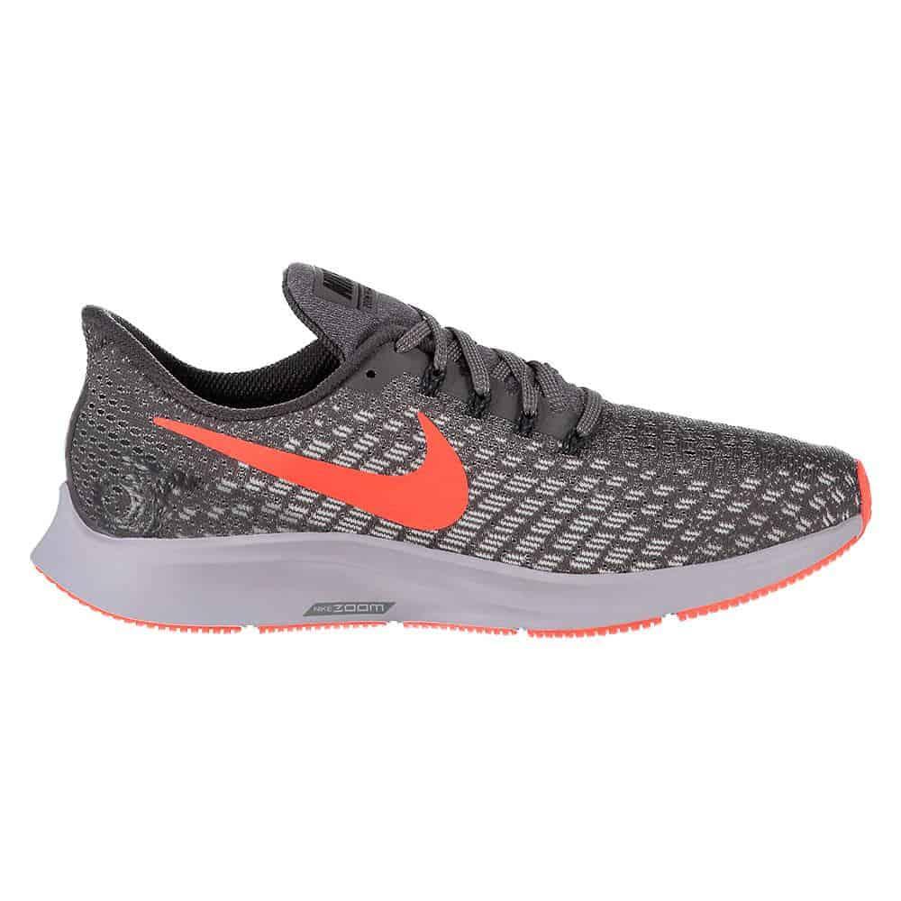 Nike Air Zoom Pegasus 35 được tín đồ thời trang xếp vào top những mâu giày nam đẹp 2022
