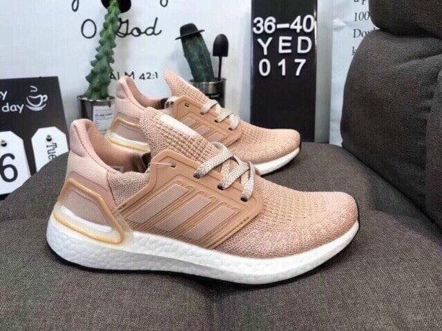 Adidas Ultra Boost hồng