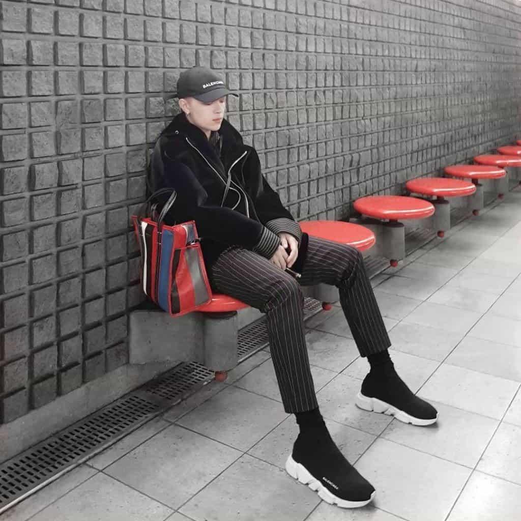 Balenciaga Speed Trainer trắng – đen mang lại vẻ hiện đại, sang trọng