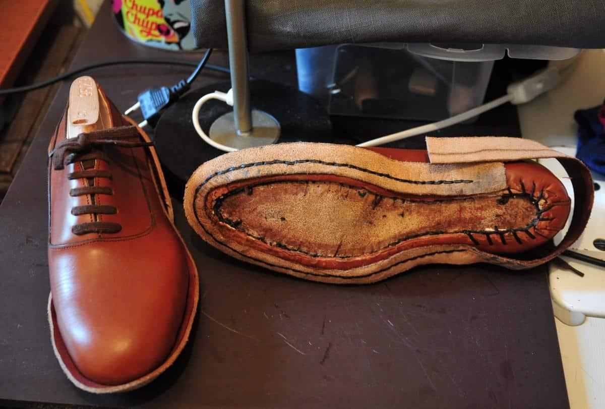 Quy trình may giày cần sự cẩn thận