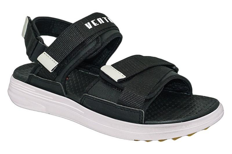 Đây là một trong những mẫu giày đi học nam cấp 2 truyền thống