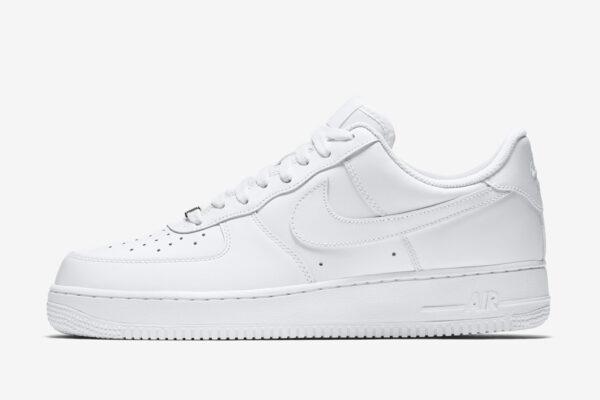 Nike Air Force 1 luôn là lựa chọn yêu thích của chị em