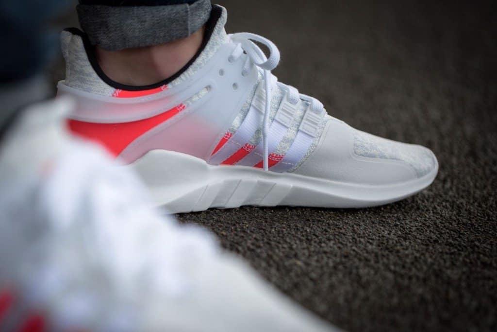 Mẫu giày EQT White Turbo