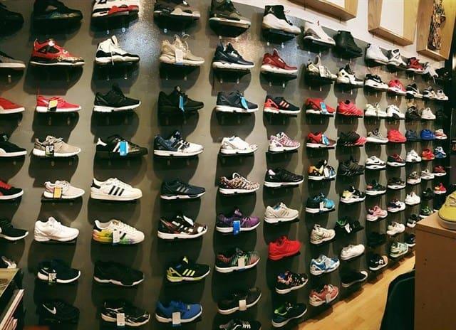 Tham khảo top 6 shop bán giày sneaker uy tín