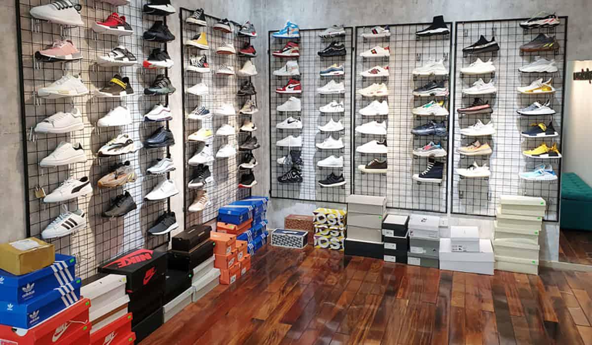 Tại BT Sneaker có đa dạng hơn 300 mẫu giày hot trend