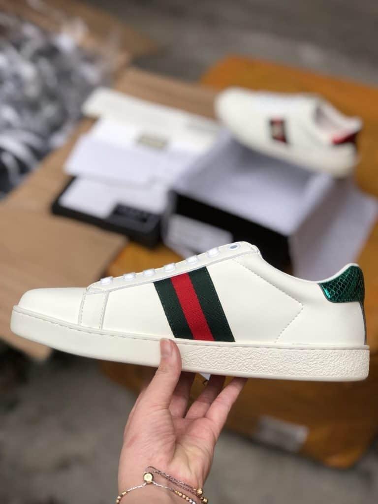 Gucci Ace Embroidered Sneaker nhận được sự đón nhận của đông đảo khách hàng