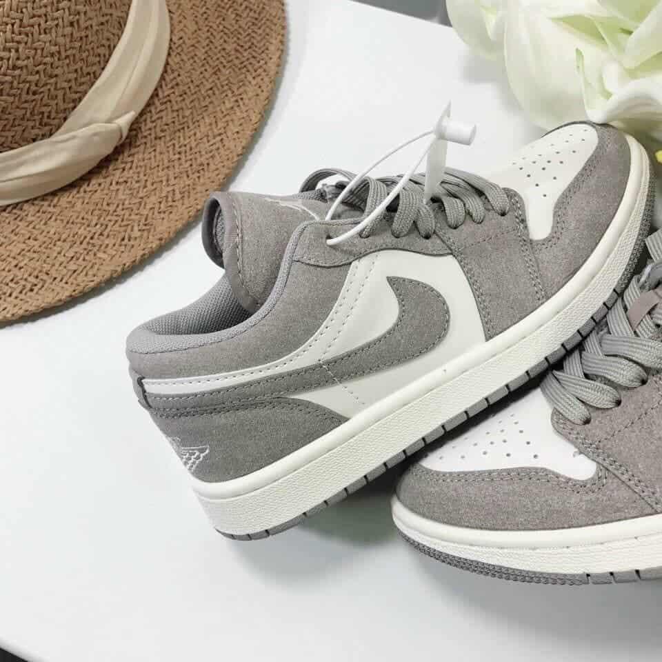 Mua sắm giày thỏa thích tại Sugood New